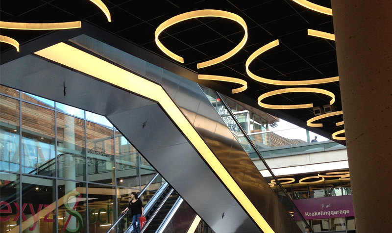 almere shopping centre lighting acrylic fixtures