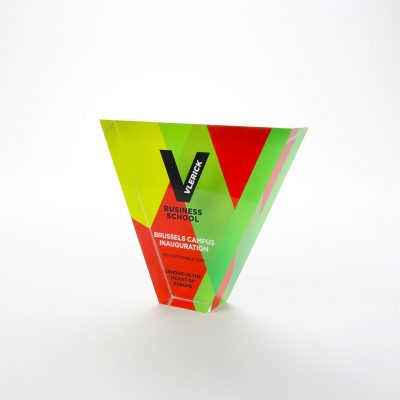 vlerick business school acrylic printed trophy
